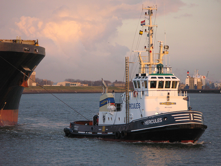 Nautilus welcomes fines for exploitation of tugboat crew